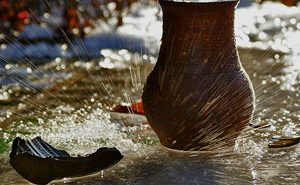 История о кувшине с водой