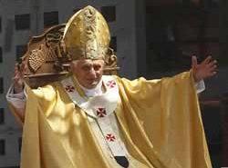 Почему уходит папа римский