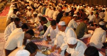 В Александрии провели рекордный многокилометровый ифтар