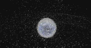 Тонны мусора скопились на орбите Земли