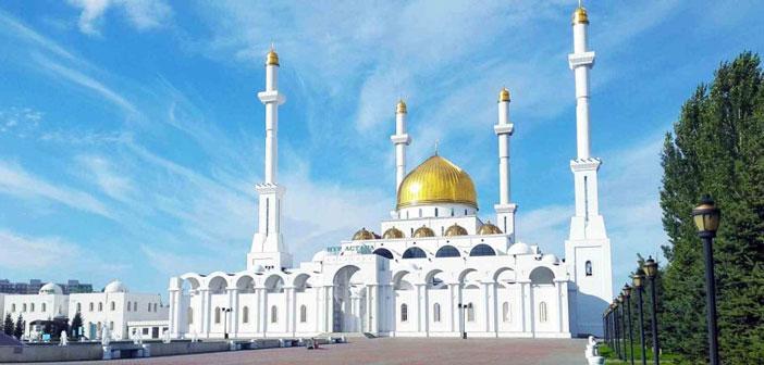 В мечетях Казахстана учат основам Ислама
