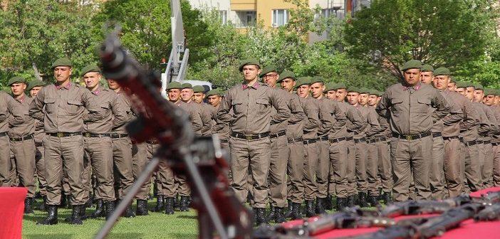 Муфтий поддержал военнослужащих-мусульман