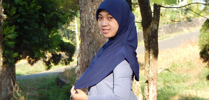 Модель в хиджабе представила модный бренд