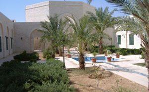 Гробница Абу Убайда бин Аль-Джаррах (радыяллаху анху). Здесь же расположена мечеть, библиотека и культурный центр.