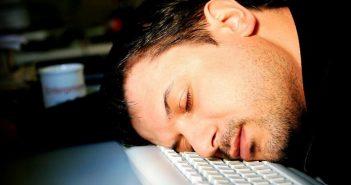 Много спать и долго сидеть – вредно